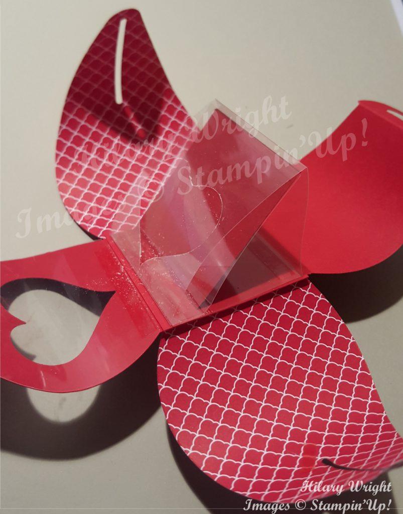 1502 Valentine Curvy 4